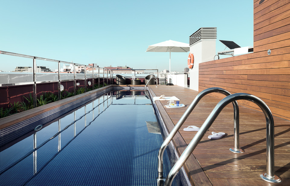 MelonDistrict Marina – Rooftop Pool4