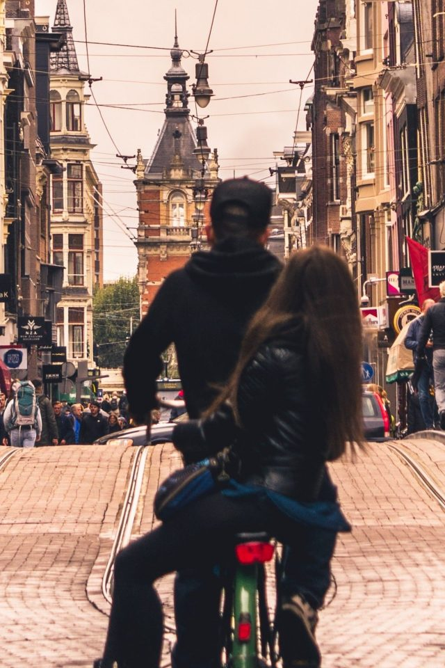 urban-ride-the-student-hotel-amsterdam-city